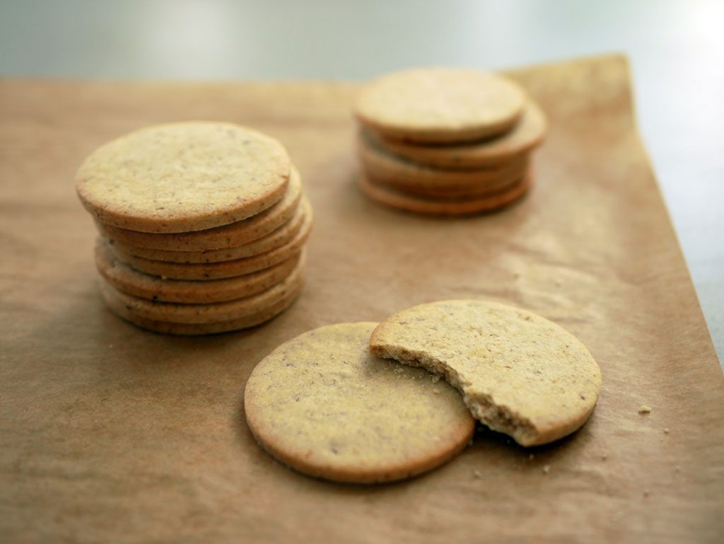 עוגיות בצק פריך לקרמבו