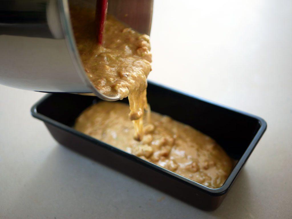 הכנת עוגת קישואים