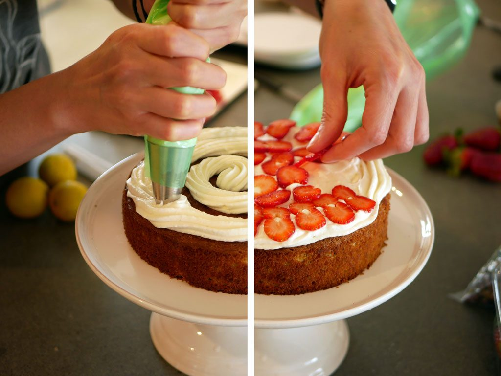 Assembling the pistachio cake with mascarpone and strawberries