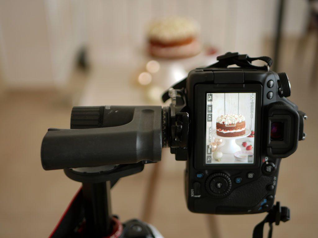 Pistachio Cake with Mascarpone and Strawberries