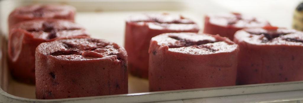 עוגת גבינה ותותים טבעונית ללא גלוטן