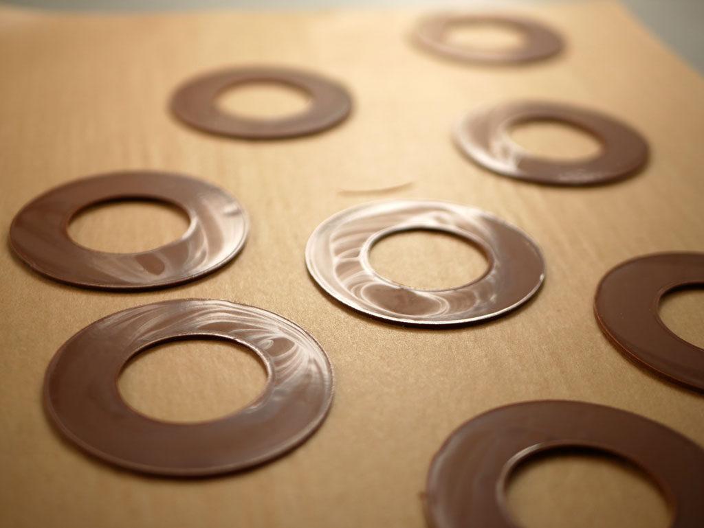 Chocolate discs